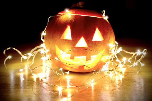 9 fun facts about your favourite festival Halloween! Did you know them? Read to find out