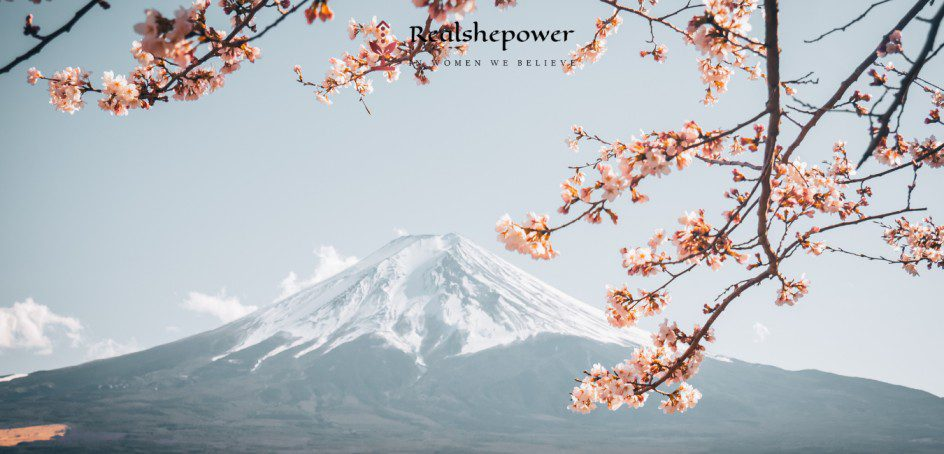 Stunning pictures of Japan that will make you Fall in love with it