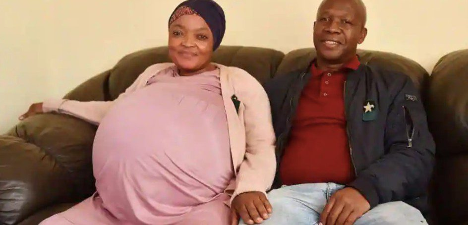 South African woman gives birth to 10 babies breaks world record